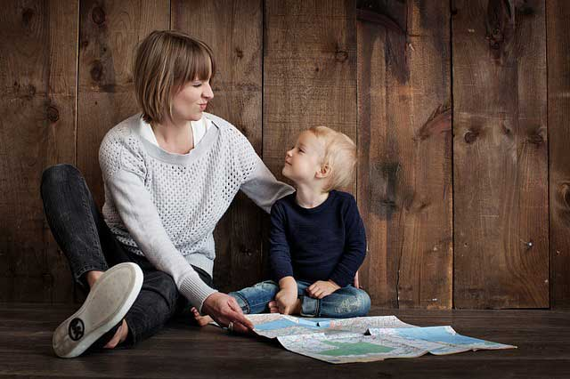 Which The Best France Parenting Lesson For Mom 2017